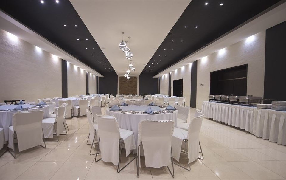 function hall conference hall banquet white ballroom convention center restaurant auditorium long