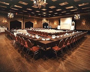 auditorium function hall conference hall convention center ballroom banquet conference room