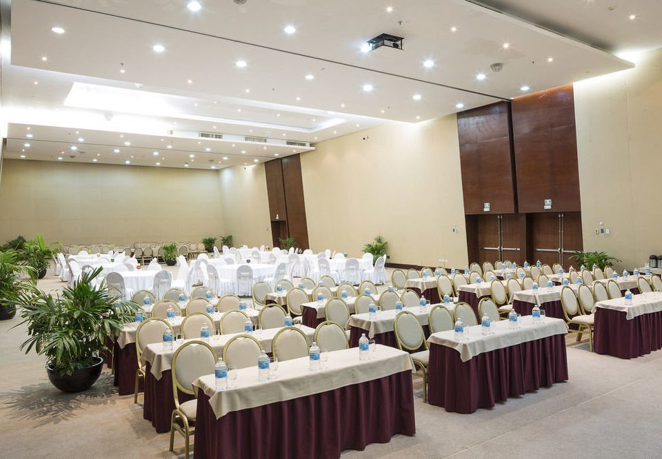 function hall conference hall banquet convention center ballroom meeting event auditorium convention conference room