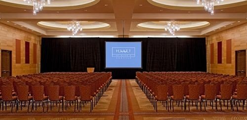 auditorium function hall conference hall ballroom convention center banquet meeting hall empty conference room
