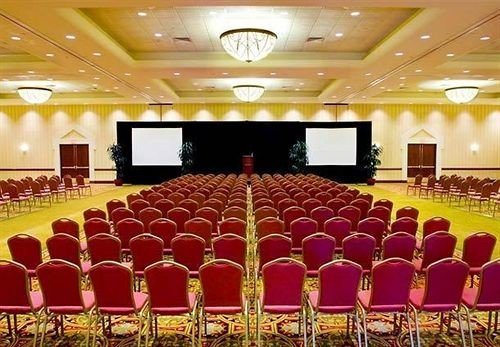 auditorium function hall conference hall ballroom banquet convention center event hall conference room