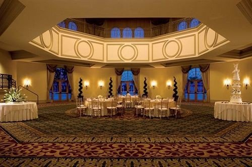 function hall banquet ballroom auditorium palace convention center mansion hall