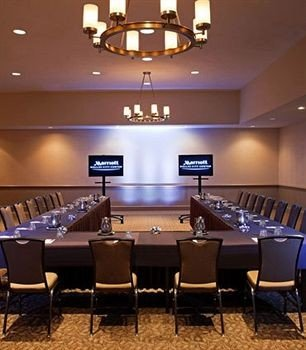billiard room function hall conference hall recreation room auditorium lighting ballroom conference room