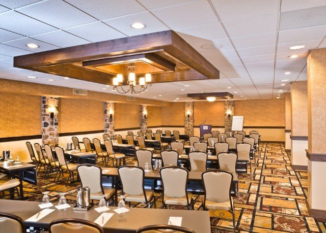 chair function hall conference hall scene restaurant auditorium cafeteria convention center ballroom