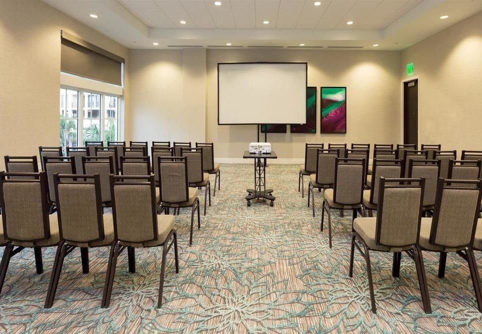 chair conference hall function hall auditorium meeting classroom convention center waiting room ballroom conference room dining table