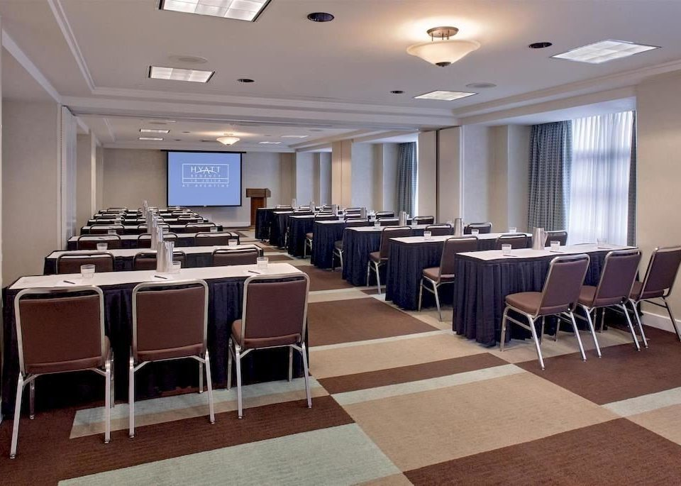 chair conference hall function hall auditorium meeting convention center restaurant classroom ballroom conference room