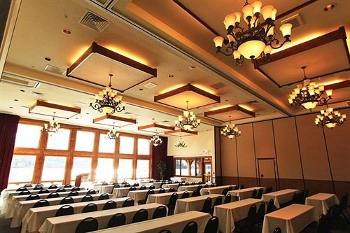 function hall auditorium conference hall restaurant ballroom convention center set