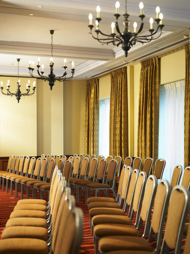 auditorium conference hall function hall row ballroom living room lined