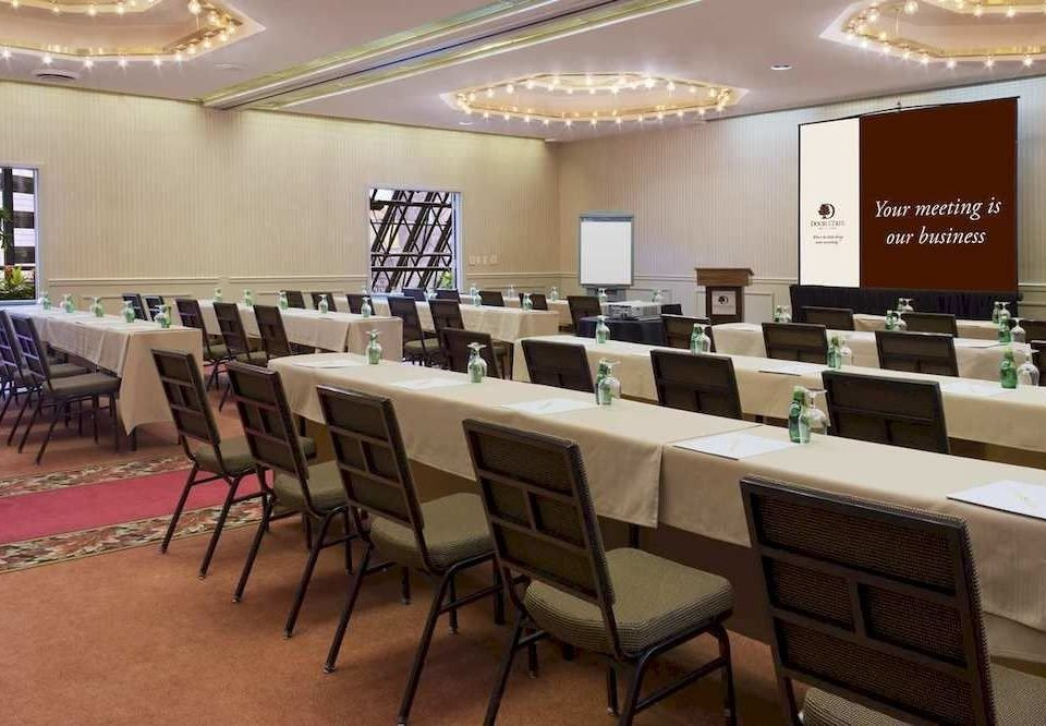 chair conference hall function hall classroom auditorium convention center cafeteria restaurant meeting