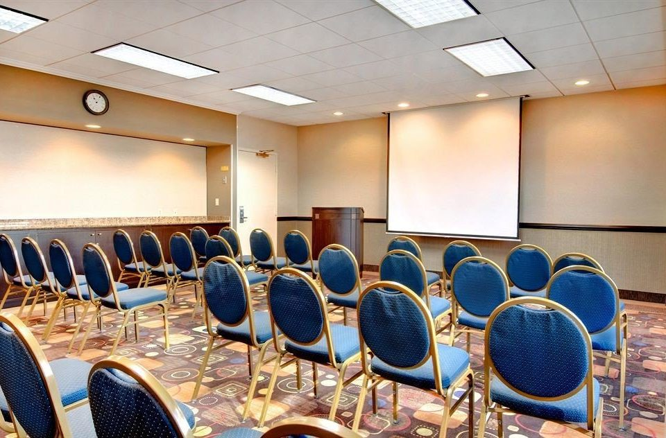 conference hall auditorium meeting function hall convention center classroom conference room