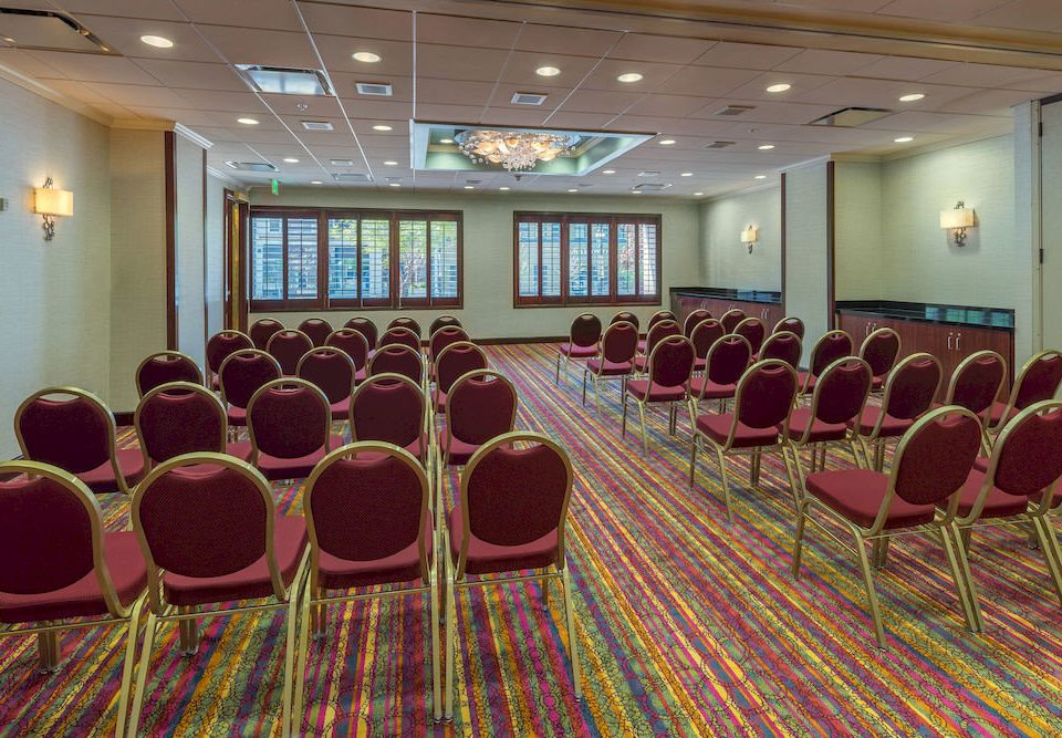 conference hall auditorium function hall meeting convention center conference room