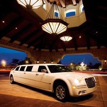 car vehicle land vehicle luxury vehicle limousine automobile make sedan roof
