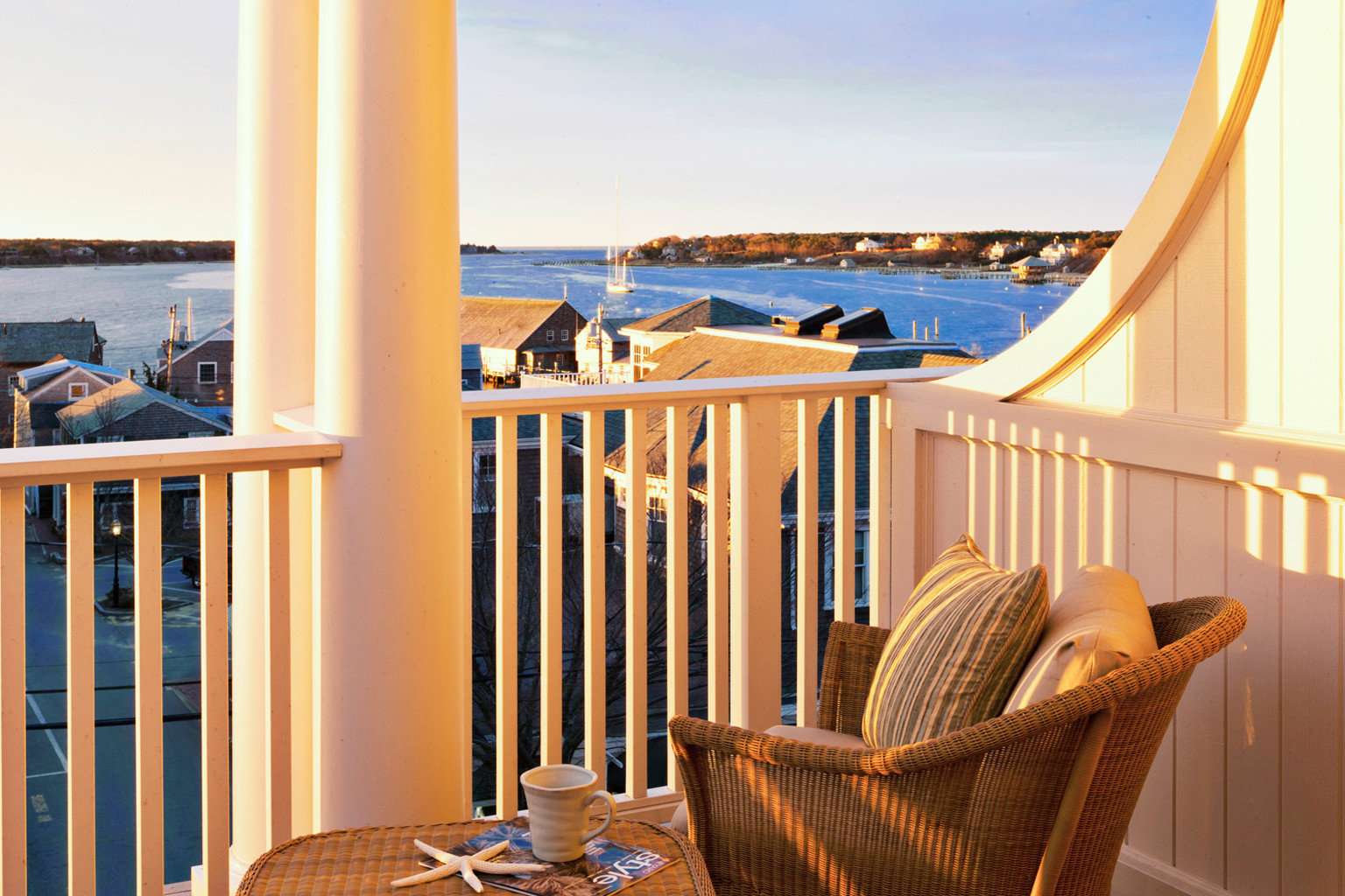 B&B Balcony Boutique Scenic views Trip Ideas Waterfront sky chair property home Resort Ocean house Villa overlooking cottage condominium Suite living room Deck