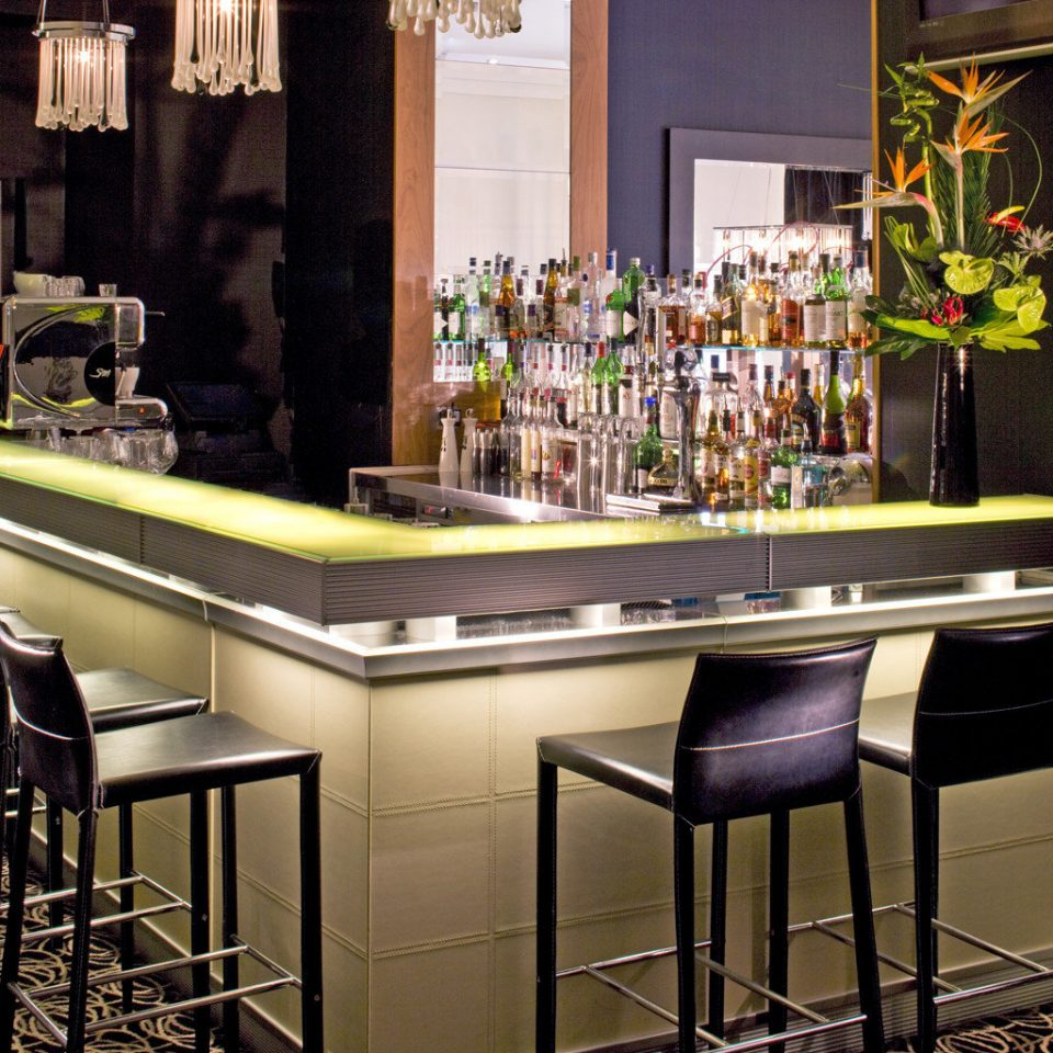 B&B Bar Boutique Drink Hip Kitchen cabinetry countertop floristry restaurant dining table