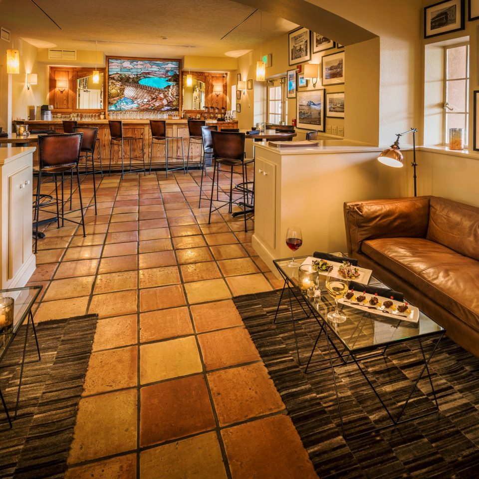 B&B Bar Country Drink Lodge Romantic Wellness property Lobby hardwood home living room flooring recreation room wood flooring tile tiled