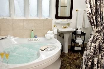 B&B Bath City bathroom toilet sink swimming pool cottage vessel plumbing fixture tub bathtub
