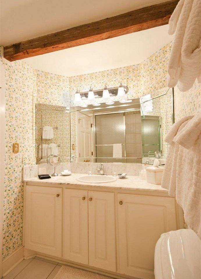 B&B Bath Historic bathroom property home Suite cabinetry cottage flooring