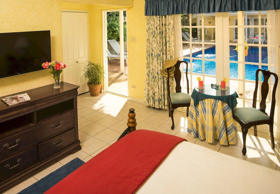 B&B Beach Bedroom Budget Sea property home house cottage living room Suite