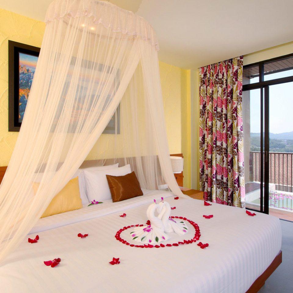 B&B Beachfront Bedroom Suite bed sheet cottage