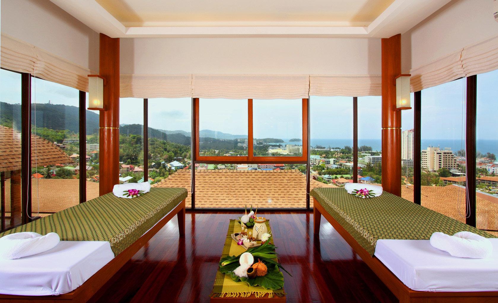 B&B Beachfront Spa Wellness chair property overlooking Resort Suite Villa condominium function hall nice Island