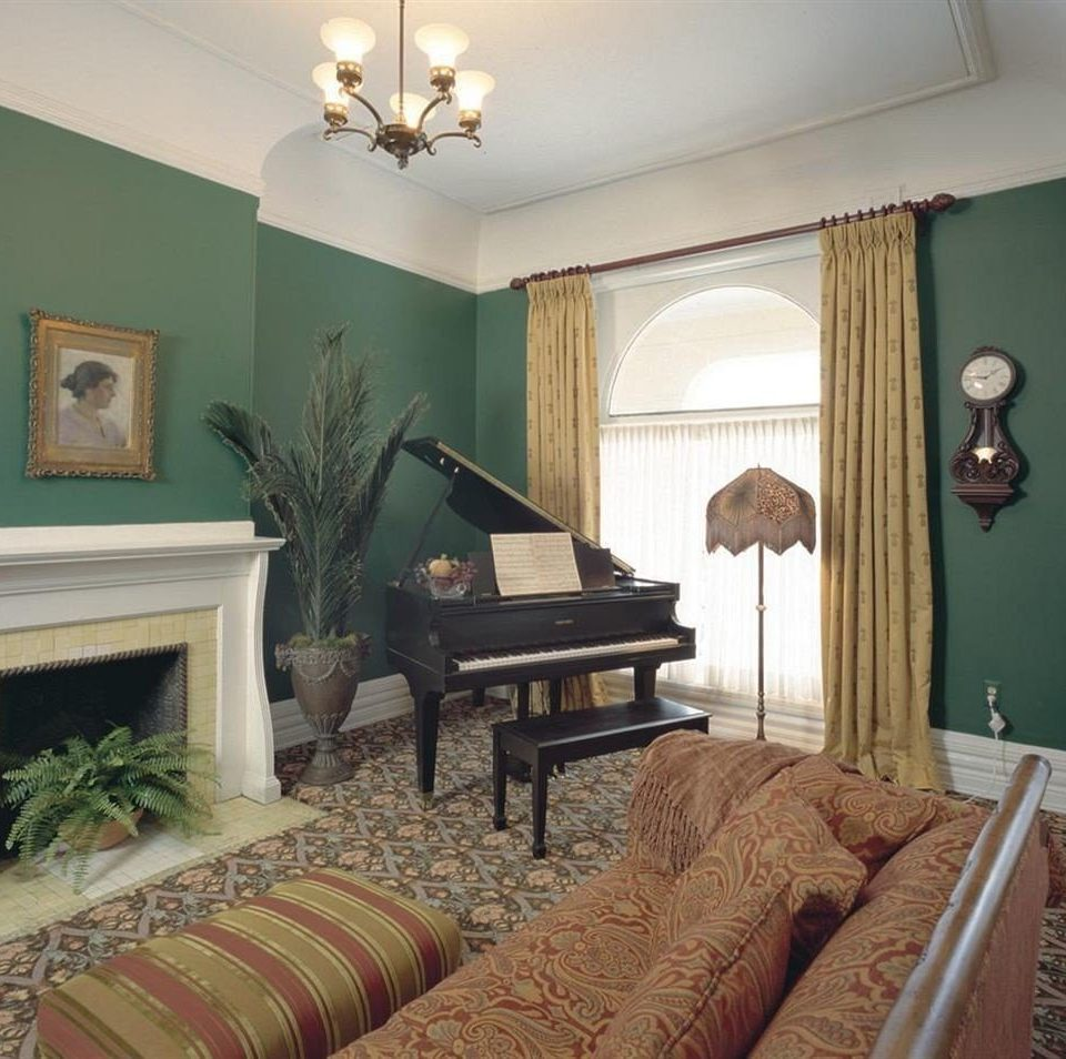 B&B City Lounge Romantic sofa property living room Bedroom home hardwood green cottage Suite Villa mansion farmhouse