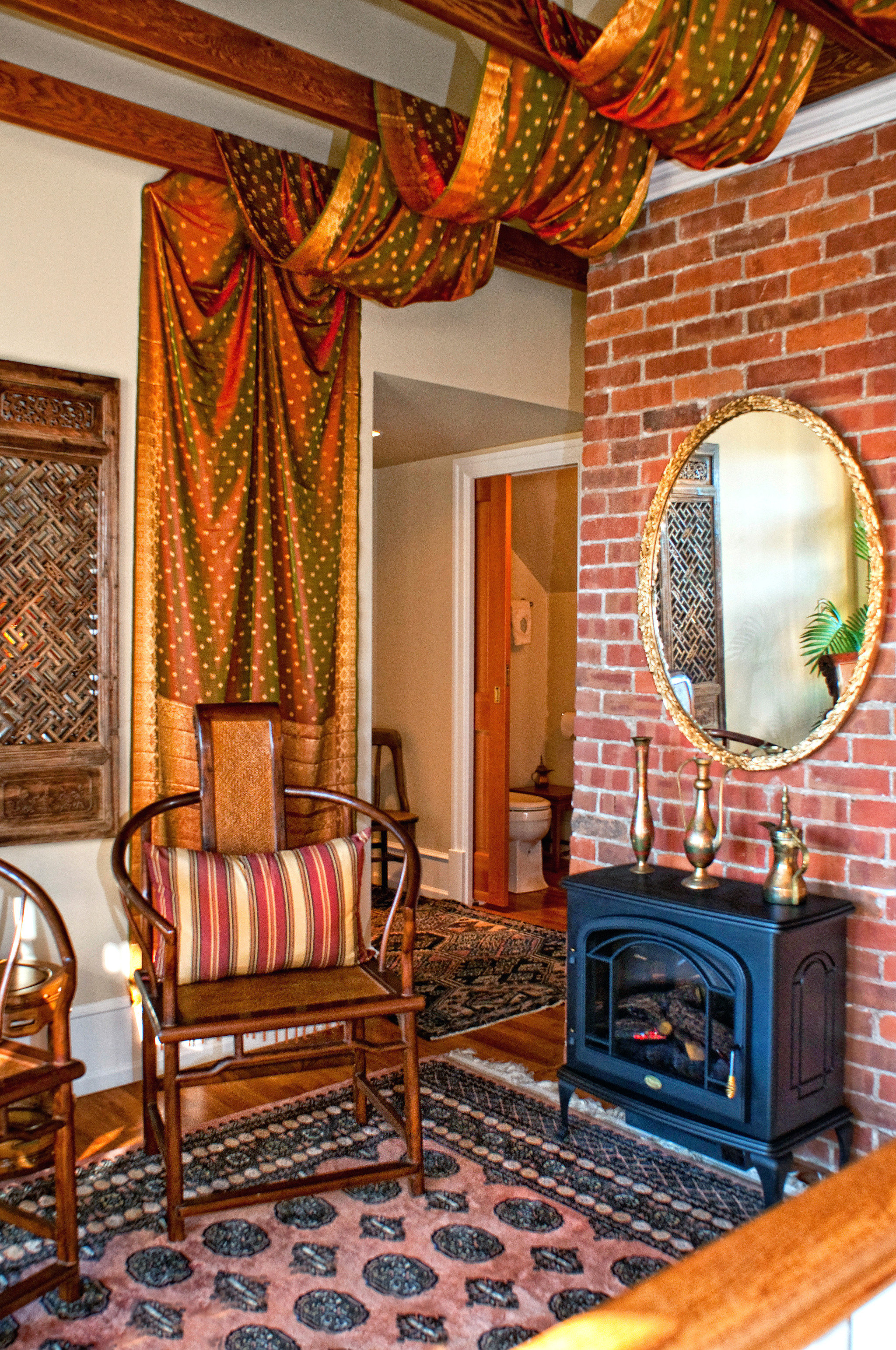 B&B Bedroom Classic Fireplace Historic living room home