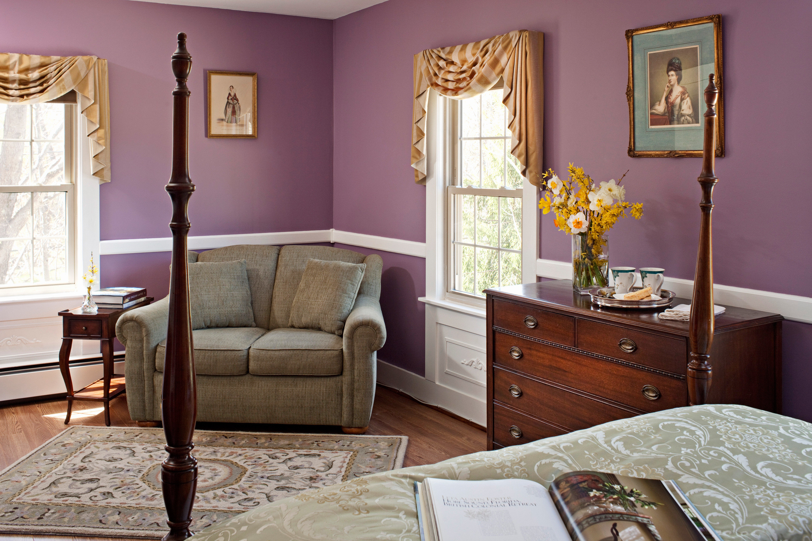 B&B Bedroom Country Historic Lounge property living room home hardwood cottage