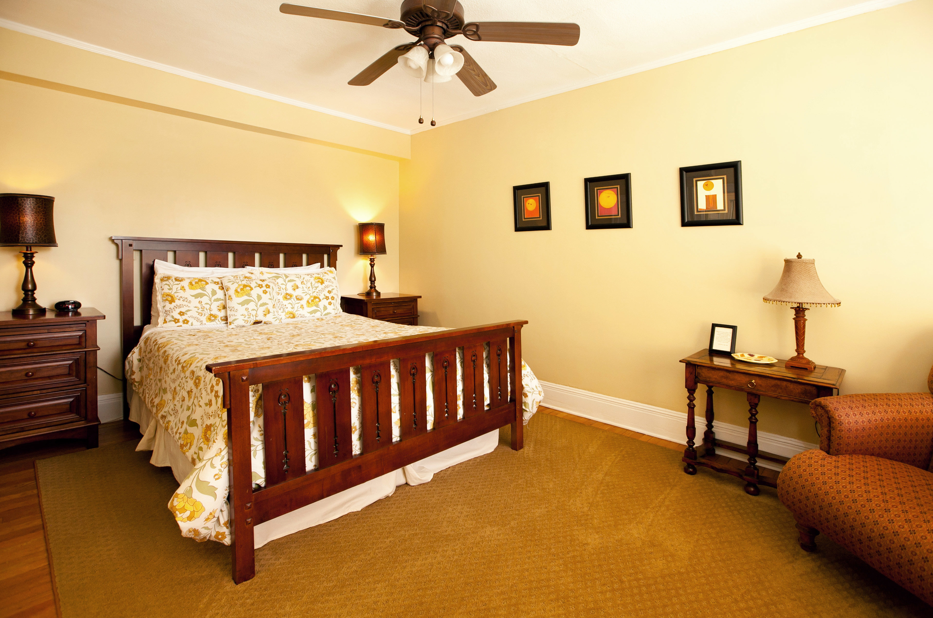 B&B Bedroom Country Historic property cottage hardwood home Suite Villa