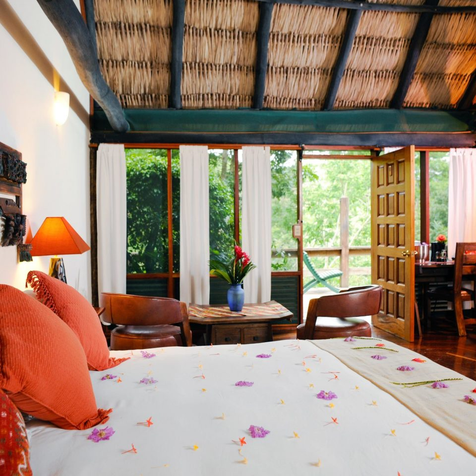 B&B Bedroom Eco Lodge Romantic Tropical property house home living room Resort cottage Villa farmhouse