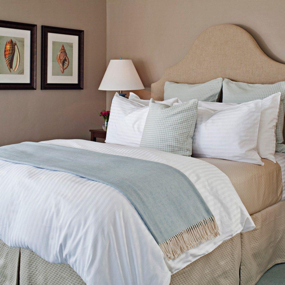 B&B Bedroom Elegant Historic Inn property cottage duvet cover bed sheet textile pillow bed frame Suite blanket lamp tan