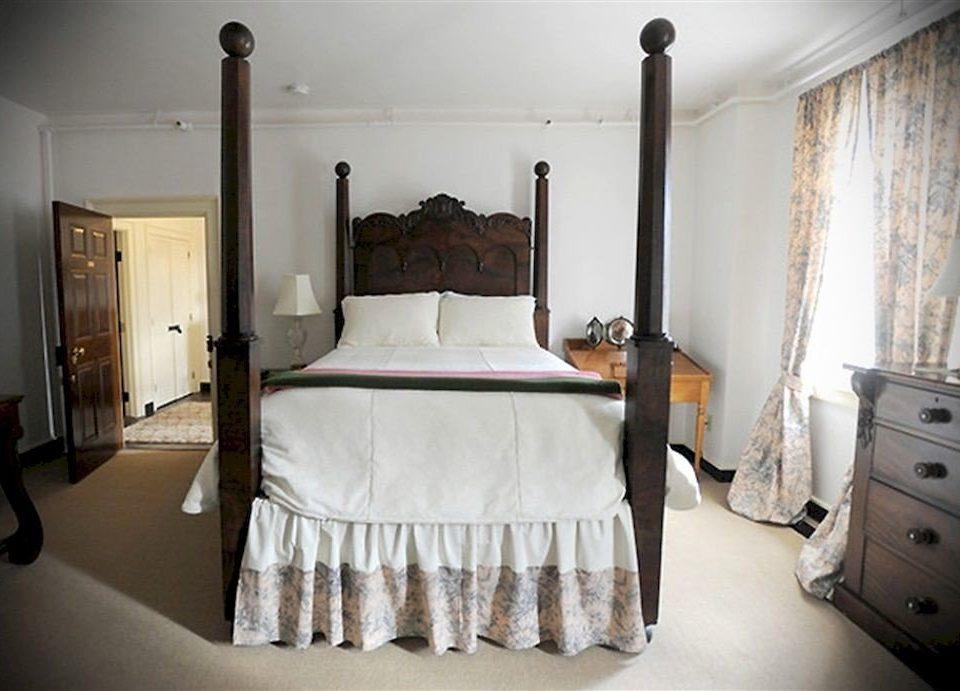 B&B Bedroom Historic property home cottage bed frame bed sheet