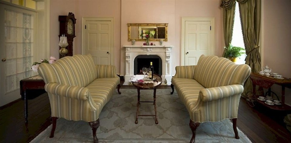 B&B Historic Lounge living room property home cottage Suite mansion Bedroom