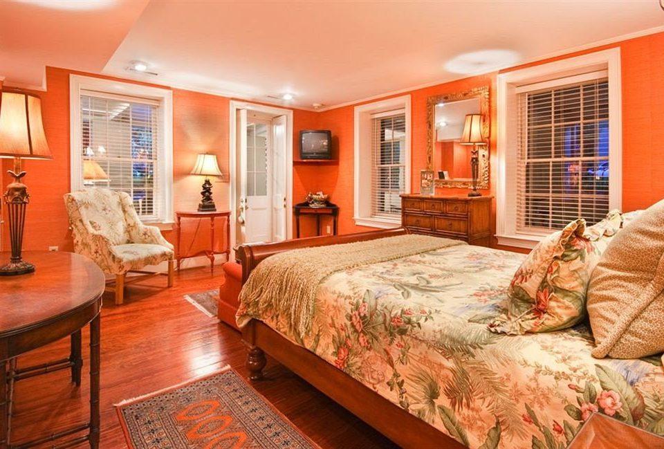 B&B Bedroom Historic sofa property Suite home cottage living room hardwood bed sheet