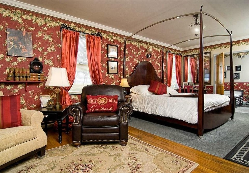 B&B Bedroom Historic sofa property living room home Suite cottage mansion