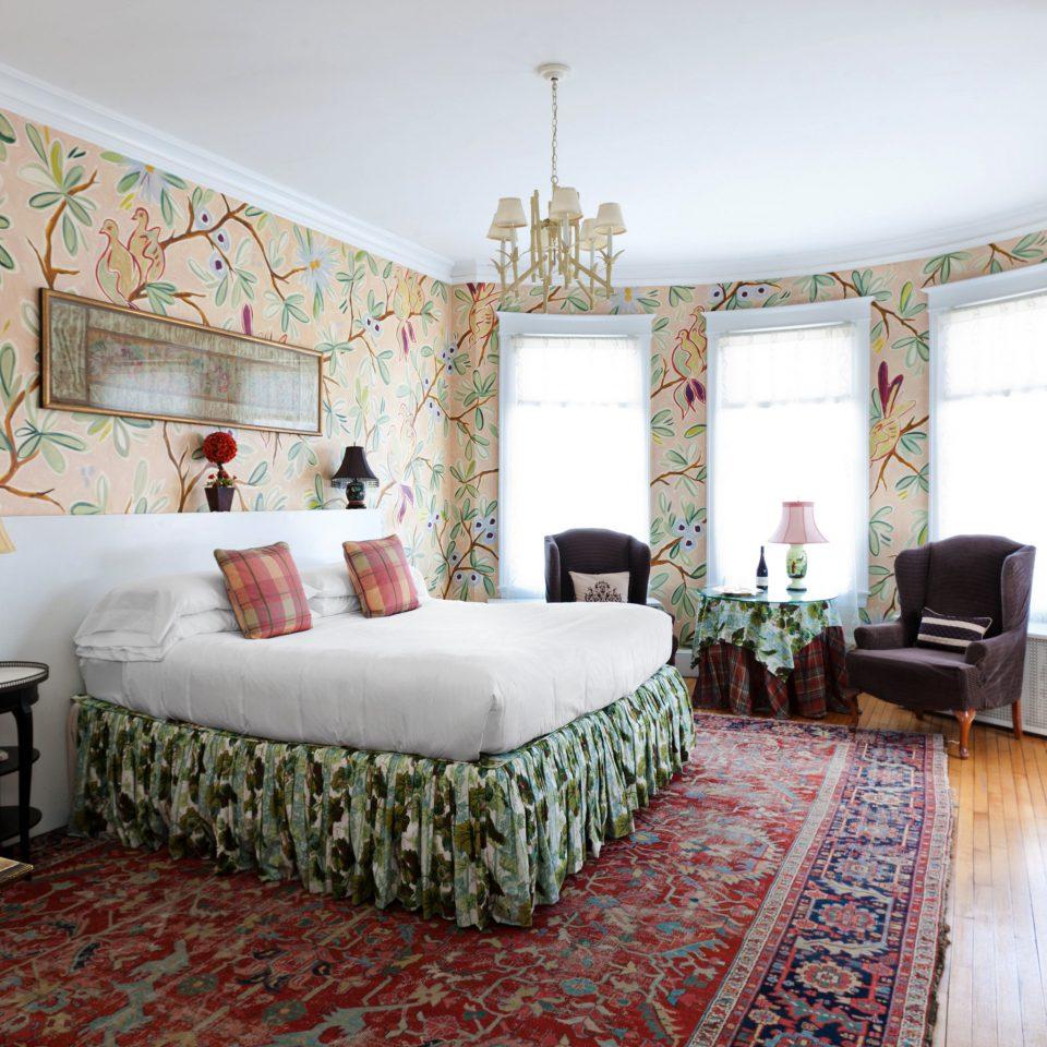 B&B Bedroom Inn property living room green home cottage Suite mansion