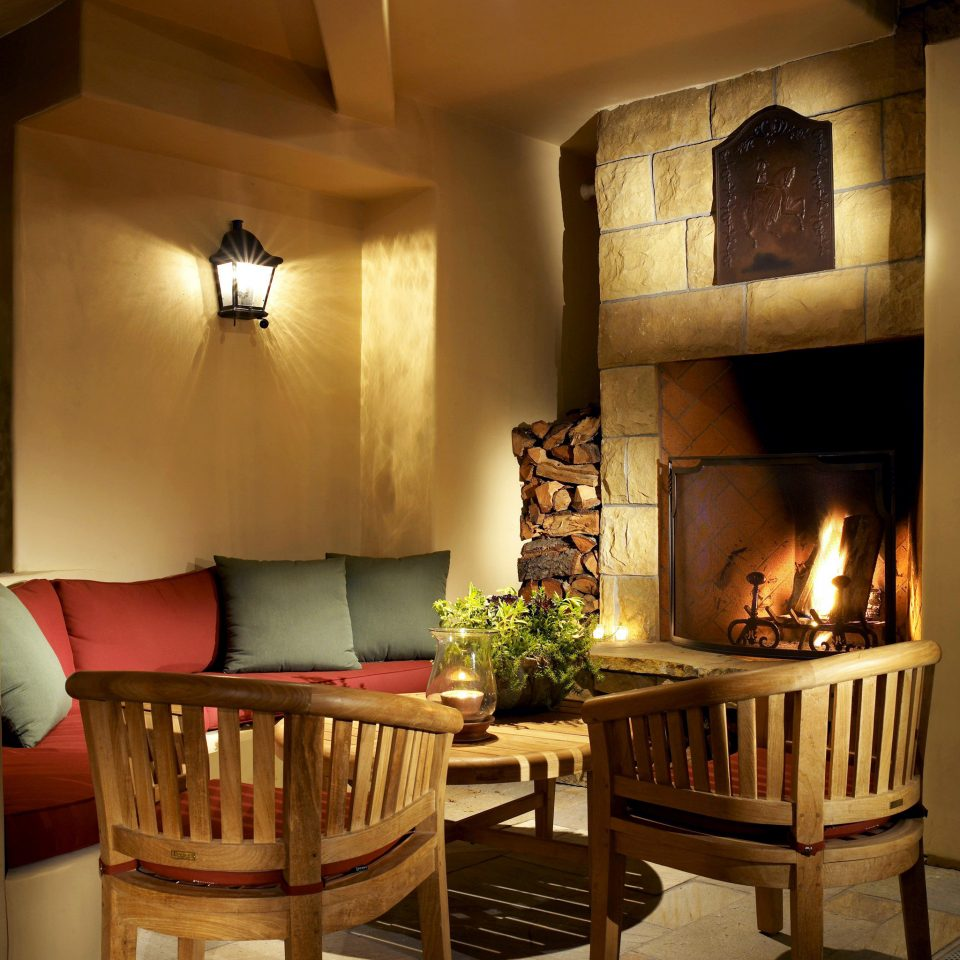 B&B Boutique Fireplace Inn Lounge living room home hardwood lighting cottage hearth farmhouse