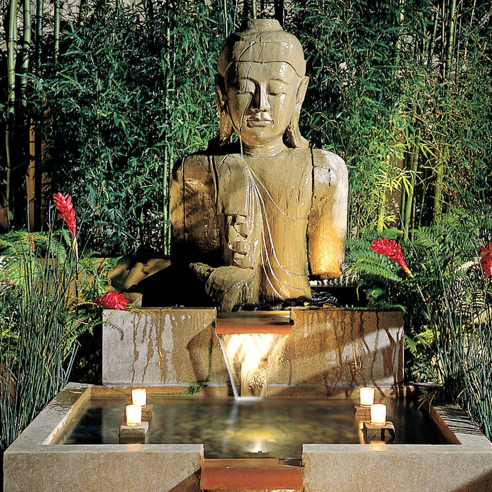 B&B Boutique Grounds tree statue monument water feature sculpture Garden temple shrine ancient history old fountain