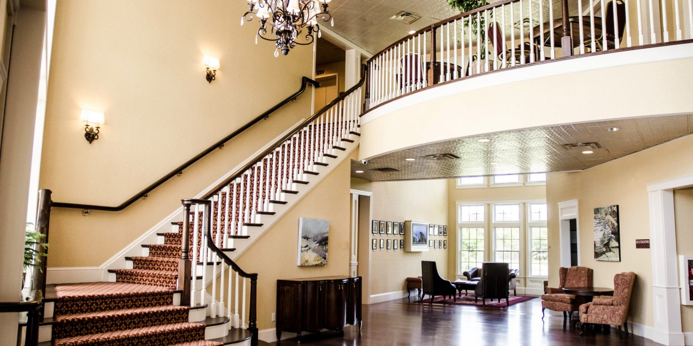 B&B Boutique Historic Lobby Romantic property hall condominium stairs
