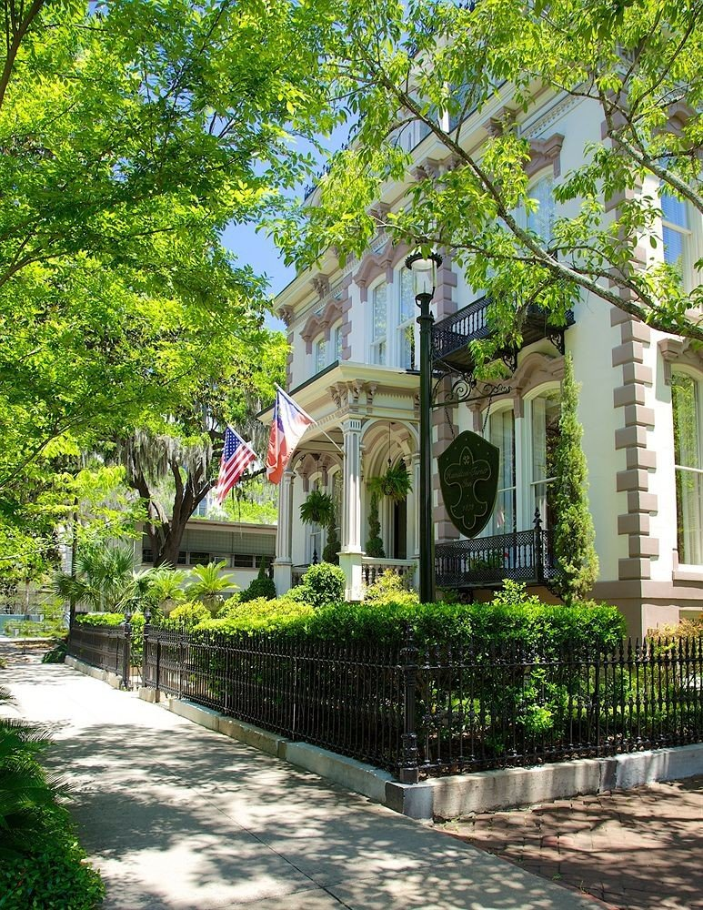 B&B City Exterior Historic tree Town residential area home house Courtyard Garden walkway flower yard mansion cottage suburb Village stone surrounded