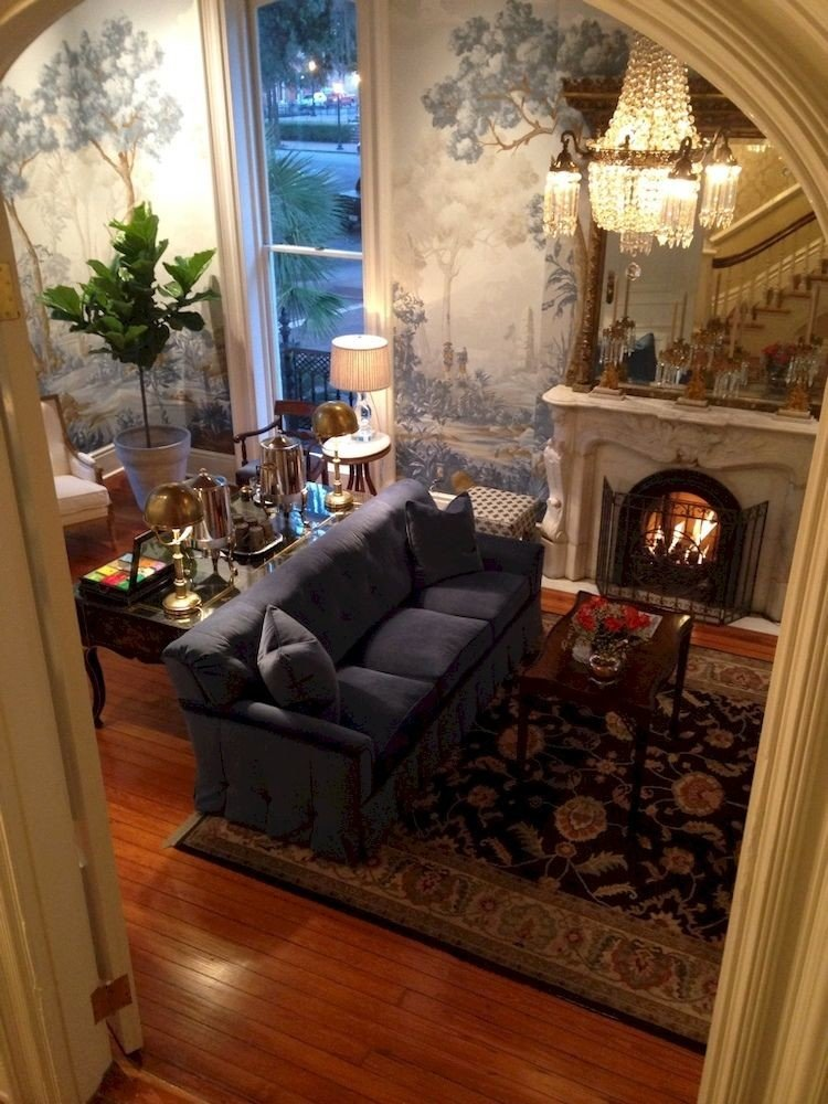 B&B City Fireplace Historic Lounge fire living room property home house hardwood mansion cottage porch wood flooring farmhouse
