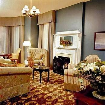 B&B City Fireplace Lounge Romantic property living room Suite home cottage