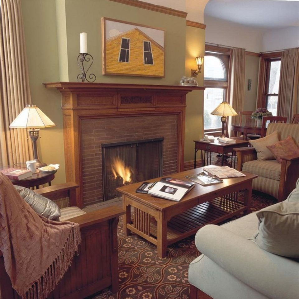 B&B City Fireplace Lounge Romantic sofa property living room home cottage hardwood Suite Villa farmhouse mansion