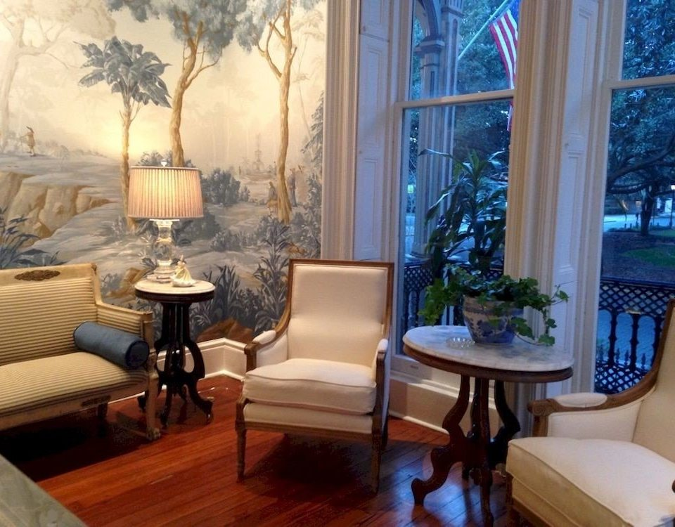 B&B City Historic property living room home mansion Suite condominium Villa cottage
