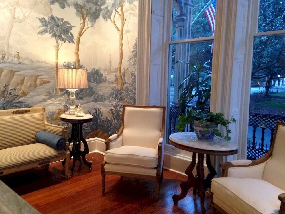 B&B City Historic property living room home mansion Suite condominium Villa cottage