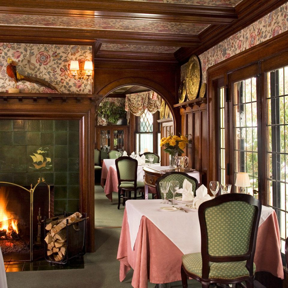 B&B Country Dining Drink Eat Fireplace Romantic chair property home living room porch cottage mansion restaurant Villa