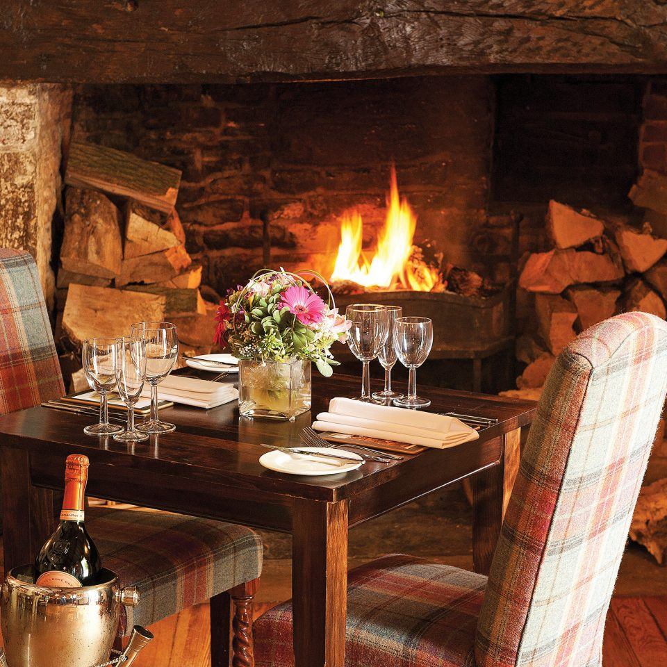 B&B Country Dining Drink Eat Fireplace Historic Lodge Romance fire building Nature restaurant cottage cuisine stone