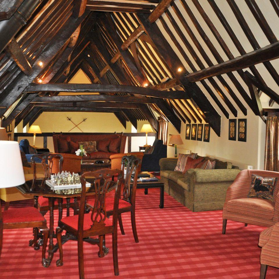 B&B Country Historic Lodge Lounge Romance chair property Dining restaurant Resort cottage Villa