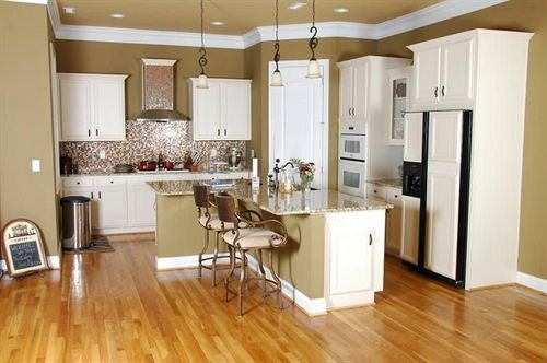 B&B Country Kitchen hard property hardwood home flooring living room wood flooring cabinetry cuisine classique cottage wooden laminate flooring farmhouse appliance