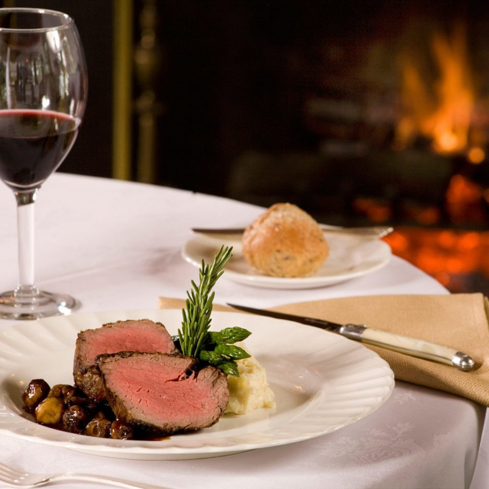 B&B Dining Drink Eat Romantic plate wine restaurant dinner food white brunch lunch breakfast supper sense cuisine