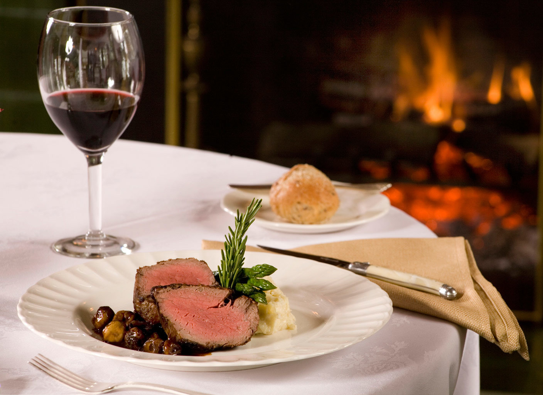 B&B Dining Drink Eat Romantic plate wine restaurant dinner food white brunch lunch breakfast supper sense cuisine